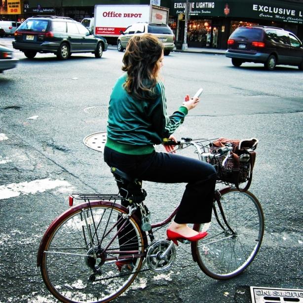 S kolesom elegantno v mesto
